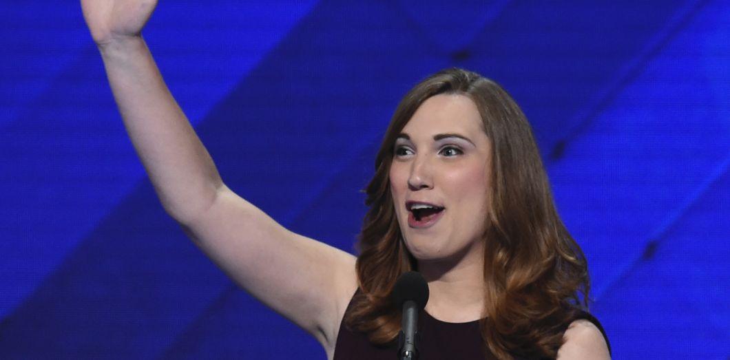 Sarah McBride lorsde la Convention nationale démocratele 28 juillet 2016 à Philadelphie, Pennsylvanie.  Saul Loeb/ AFP