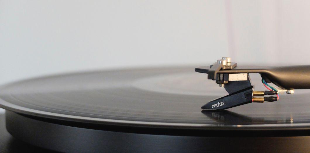 Comment la musique affecte notre productivité