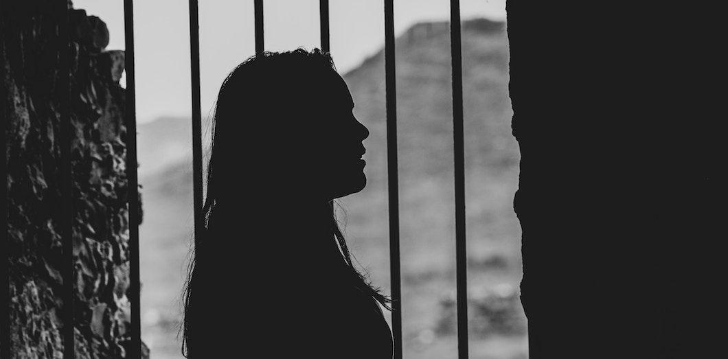 Les femmes représentent 5% des personnes entrant en prison. | Denis Oliveira via Unsplah
