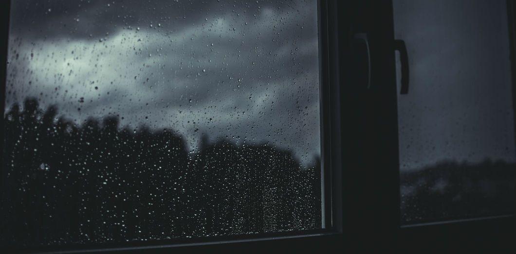 Lorsqu'on arrive à survivre à l'atrocité de la tempête, il n'est pas rare que le calme soit revenu dès le lendemain. | Glenn Carstens-Peters via Unsplash
