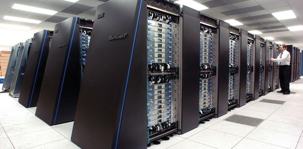 Le Superordinateur Le Plus Puissant Du Monde Est Une Sacree Bete