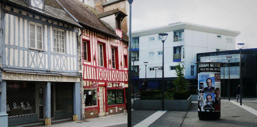 Louviers, au-delà de la France by TF1   Slate.fr ef7391f3a420