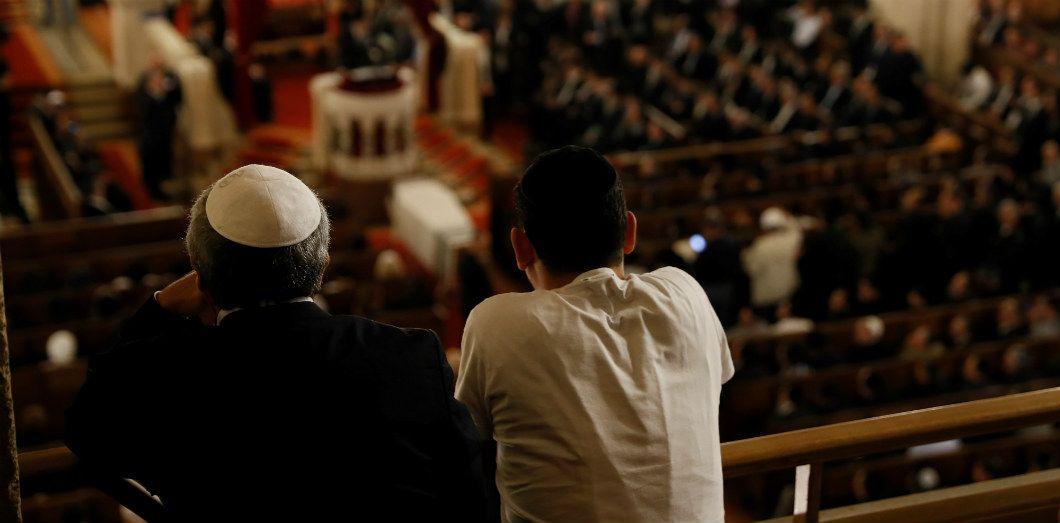 Hommage au grand-rabbin Joseph Sitruk à la grande synagogue de Paris, le 25 septembre 2016 | Thomas Samson / AFP