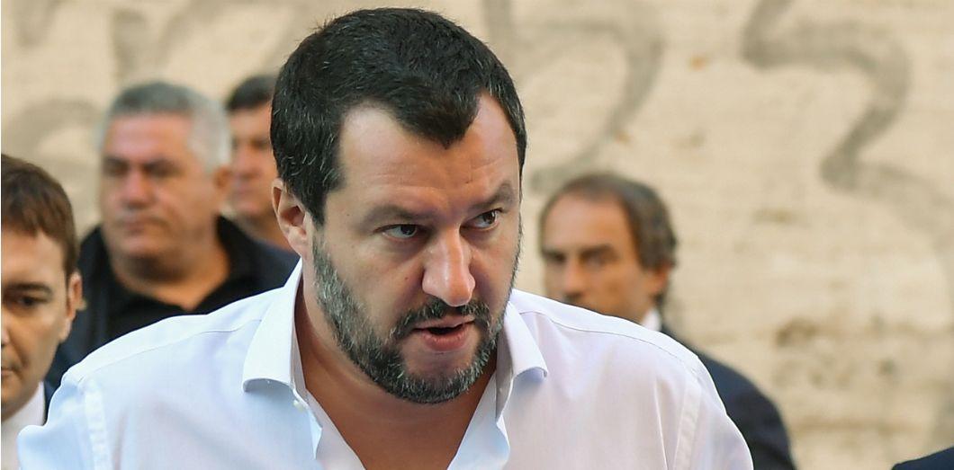 Matteo Salvini arrive à une conférence commune avec Marine Le Pen, en octobre 2018 | Tiziana Fabi / AFP