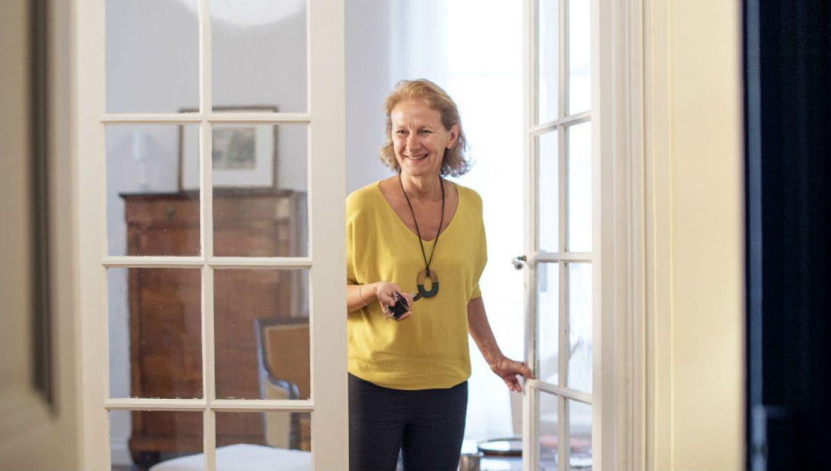 marie pascale le monde entier dans son salon. Black Bedroom Furniture Sets. Home Design Ideas